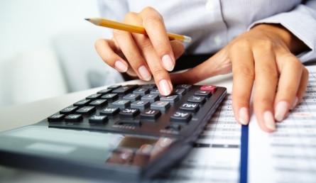 Расчет суммы , которую можно взять в долг у оператора, зависит от того сколько времени абонент пользуется связью, а также сколько ежемесячно тратит