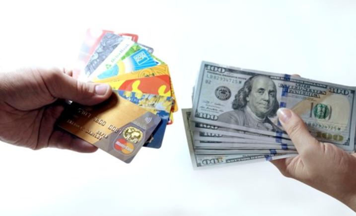 Валютная кредитная карта: особенности, в каких банках