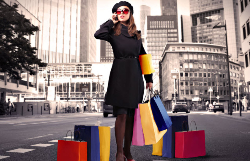Выгоднее совершать покупки за границей в той же валюте, что и сама кредитная карта
